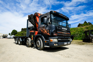Lenny is a Scania 8 wheeler Hiab with remote controlled Palfinger crane